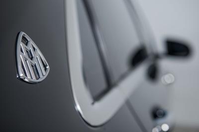 2016-Mercedes-Maybach-S600-3.jpg