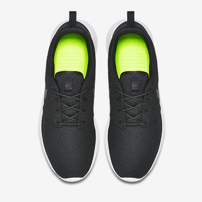 Nike-Roshe-Run-Mens-Shoe-511881_010_D_PREM.jpg