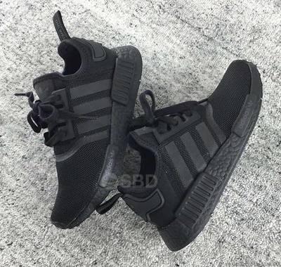 adidas-nmd-triple-black-3.jpg