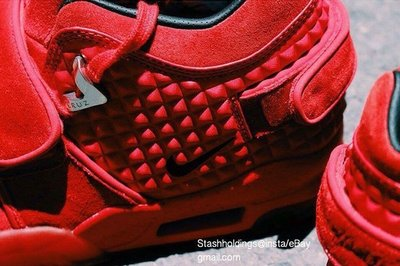 nike-air-cruz-red-october-2.jpg