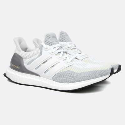 ultra-boost-white-clear-grey-s12-core-black.jpg